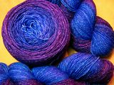 Periwinkle to Petunia Gradient on Sparkle